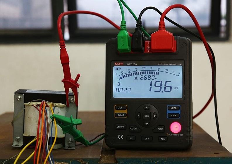 میگر دیجیتال 1KV یونی تی مدل UNI-T UT-511